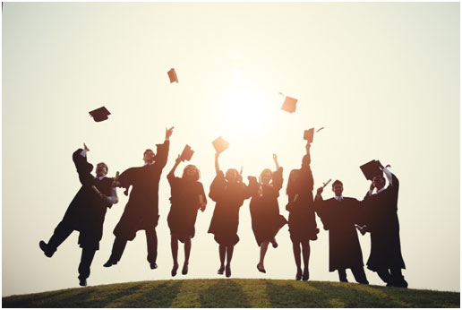 Five Tips to Finding the Right First Job After College